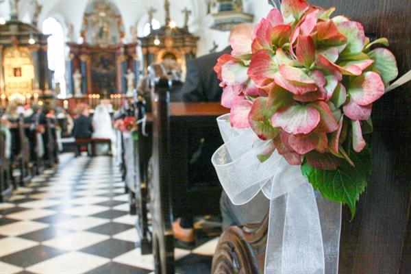 Hochzeitsdeko Fur Kirche Bluten Zauber Velbert